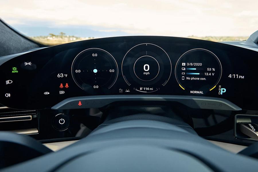 2020 Porsche Taycan Turbo 5