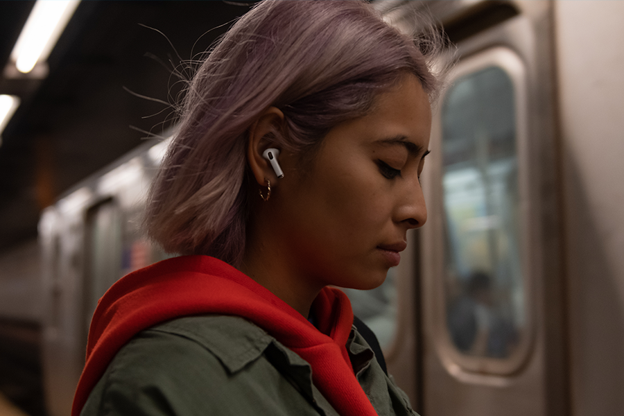 Apple 'AirPod Pro Lite' Earphones