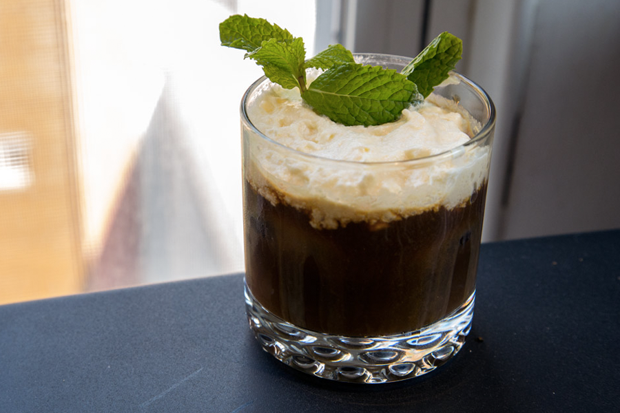 Best Irish Whisky Cocktails for St Paddys Day - Irish Iced Coffee