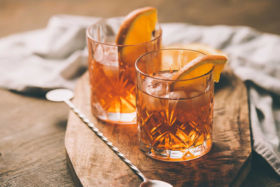 Best Irish Whisky Cocktails for St Paddys Day - Old Fashioned