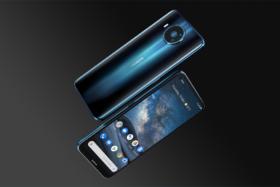 Bond No Time to Die Nokia 8.3