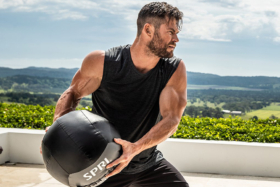 Chris Hemsworth's FItness App Centre