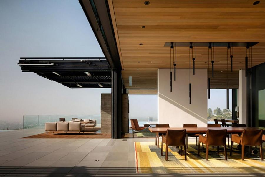Collywood house balcony