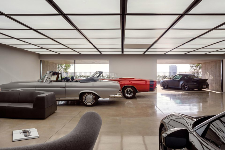 Collywood house garage