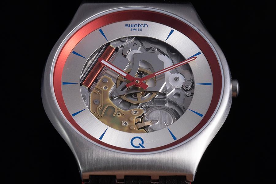 closer look swatch 007 Q watch
