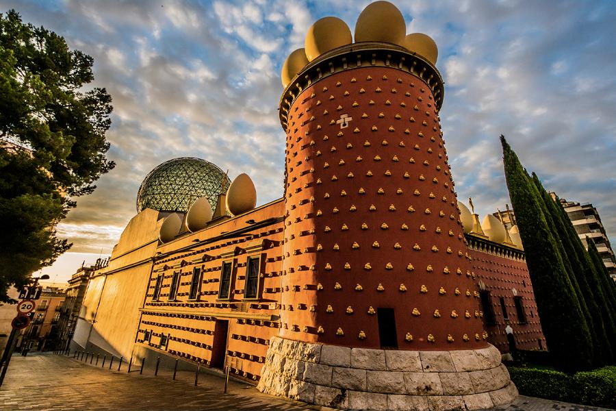 Virtual Museum Tours - Dali Theatre Museu, Catalonia