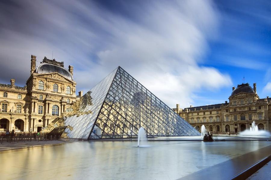 Virtual Museum Tours - The Lourve, Paris 2