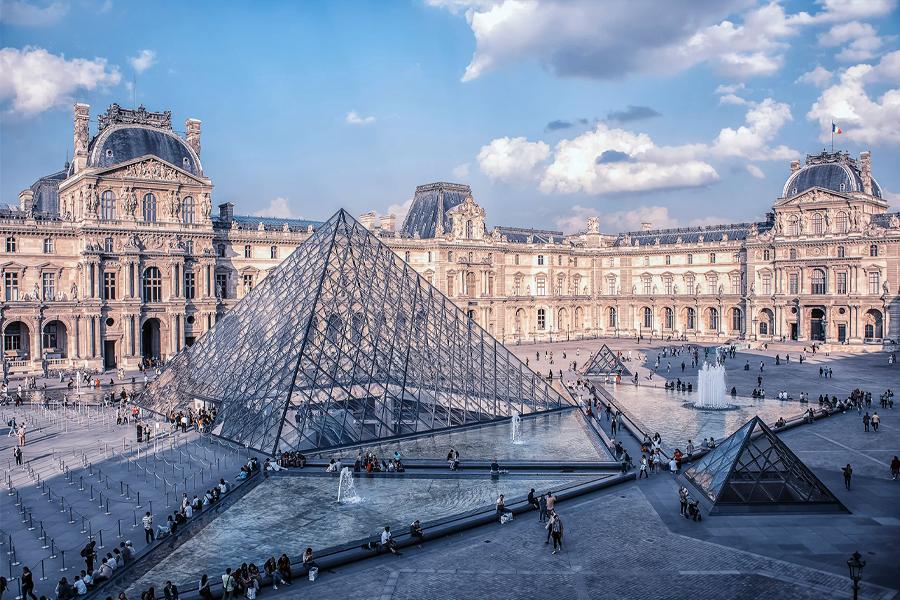 Virtual Museum Tours - The Lourve, Paris