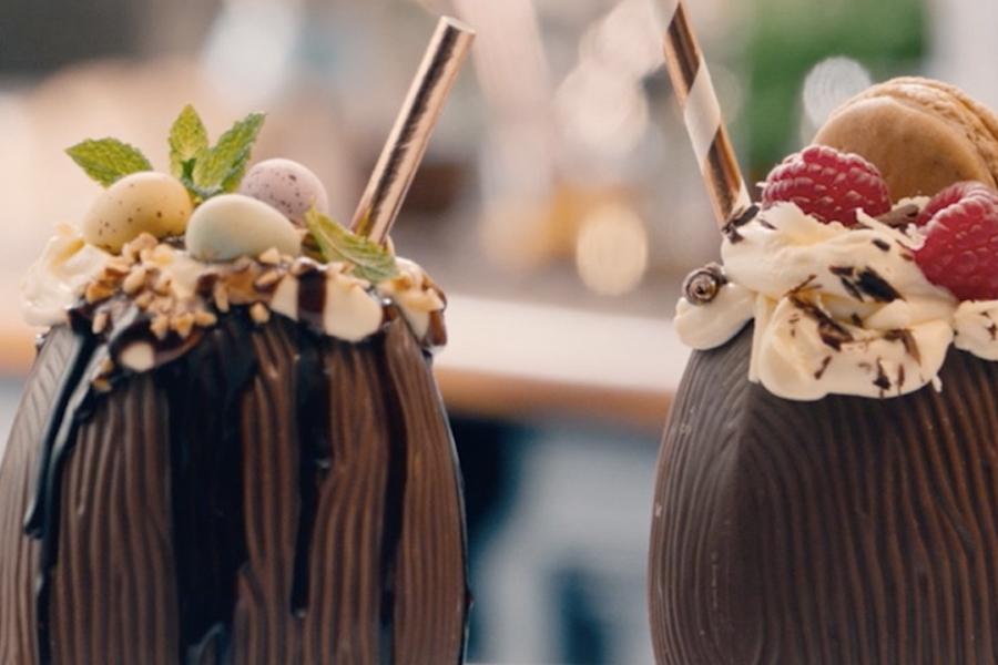 Best Easter Cocktail Recipes - Baileys Shake Showdown