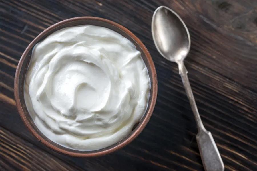 Best Healthy Snacks for Weight Loss - Greek Yoghurt