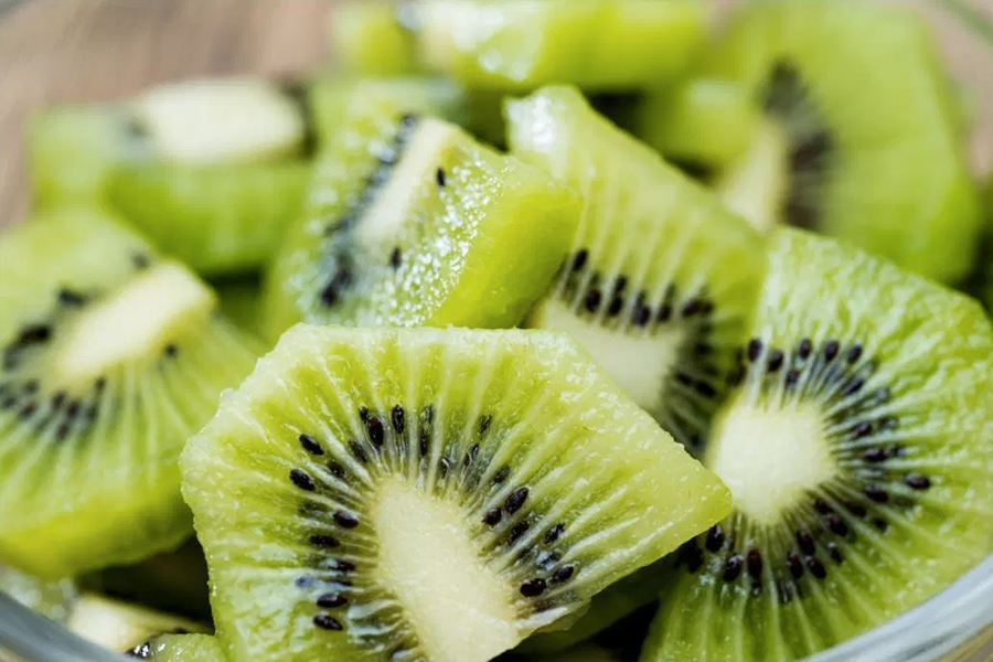 Best Healthy Snacks for Weight Loss - kiwi