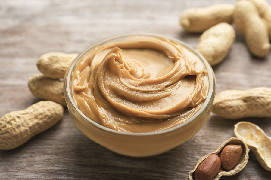 Best Healthy Snacks for Weight Loss - peanut butter
