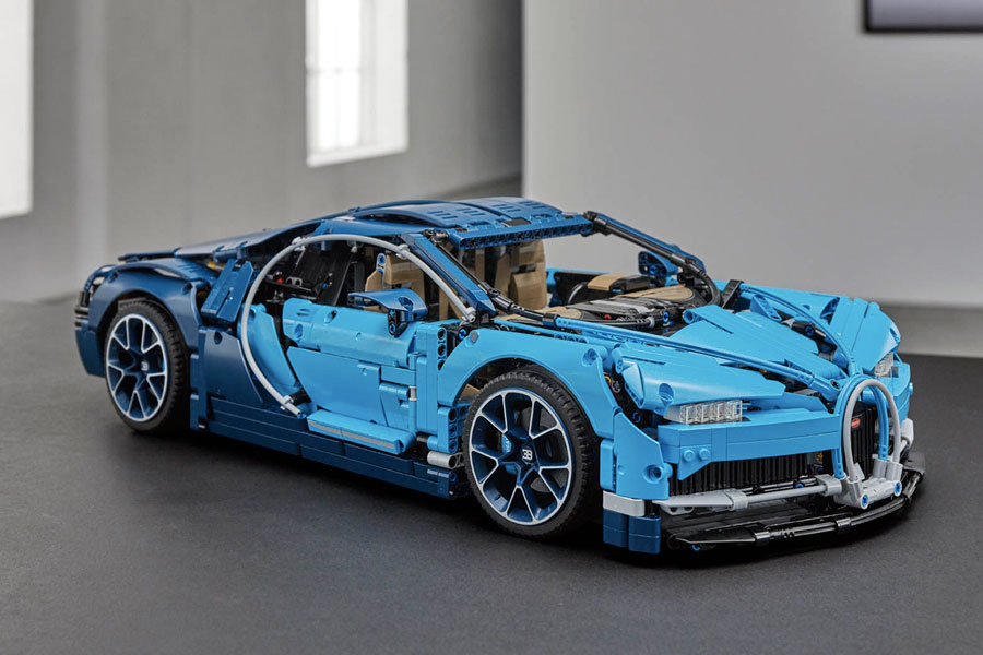 Best Lego Sets For Adults - LEGO Technic Bugatti Chiron 42083
