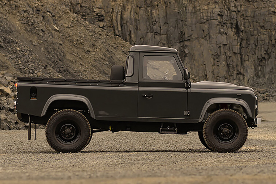 Land Rover Defender Commonwealth 1990 truck