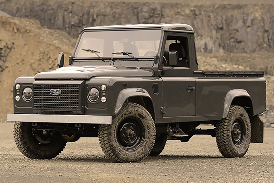 Land Rover Defender Commonwealth 1990 side view