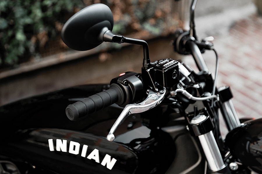 Indian Scout Bobber Sixty bike