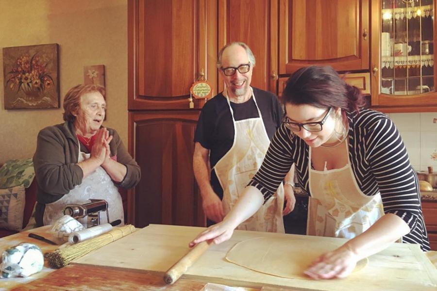Nonna is offering pasta classes