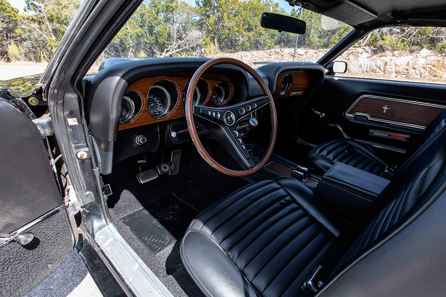 1969 Ford Mustang Boss 429 Fastback dashboard and steering wheel