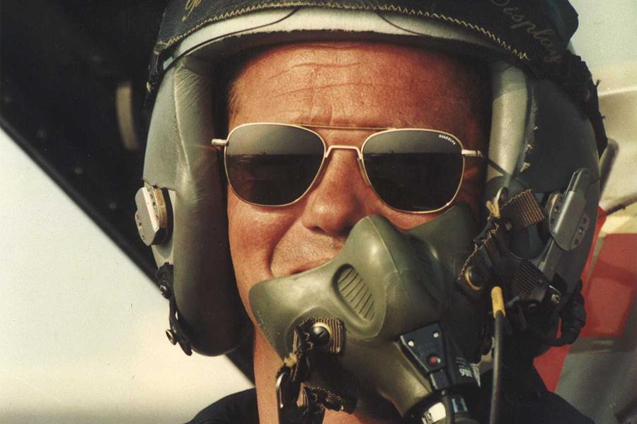 US pilot wearing aviator sunglasses