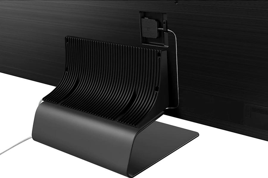 Samsung Q95T QLED 4K TV stand