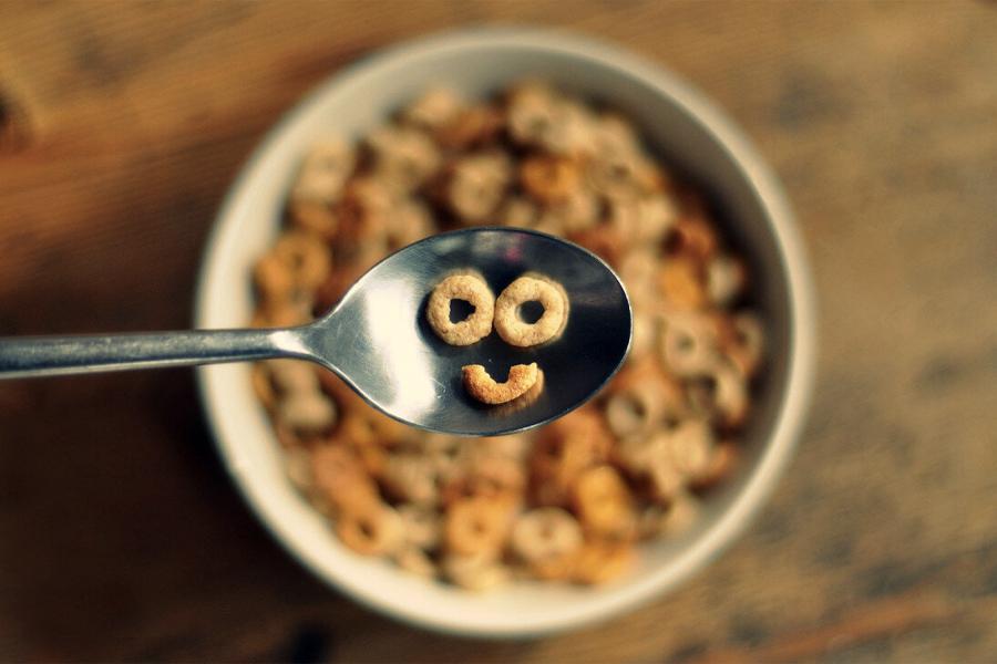 Skipping breakfast depression