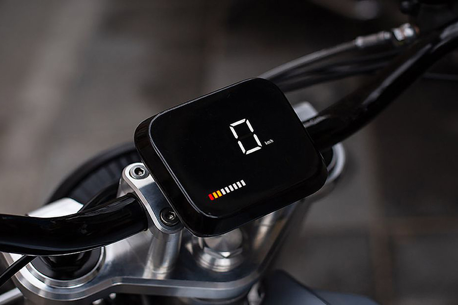 Switch Motorcycle eScrambler meter reading