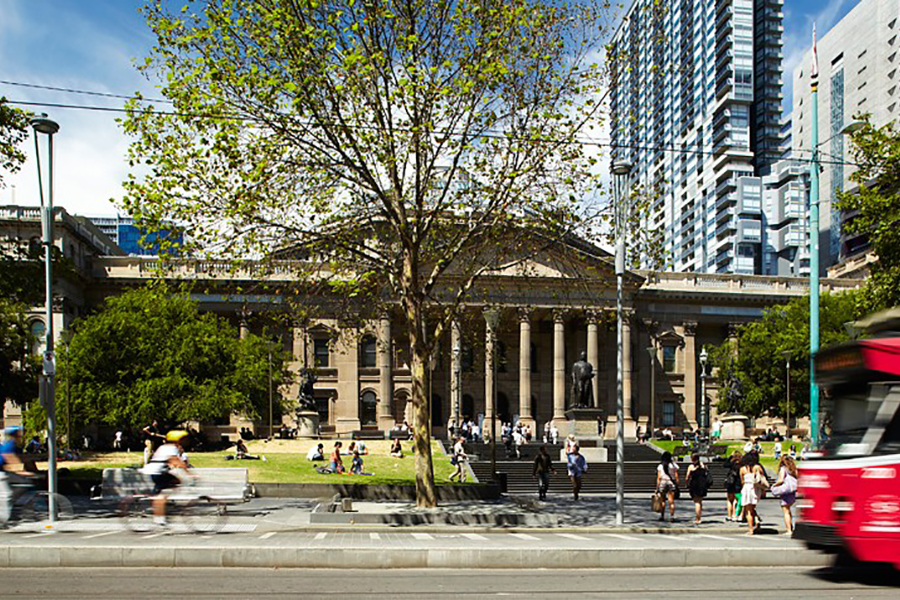 The State Library of Victoria Has 19,000 Ebooks You Can Download and Read for Free
