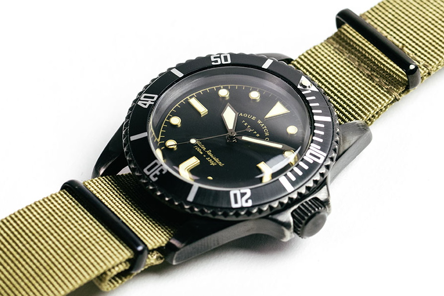 olive submariners watch