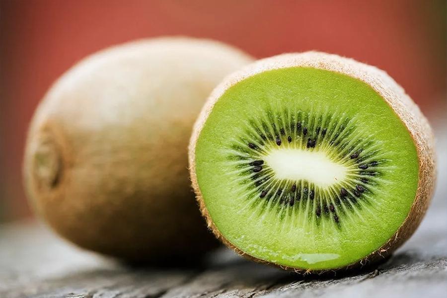 immune boosting foods - Kiwi