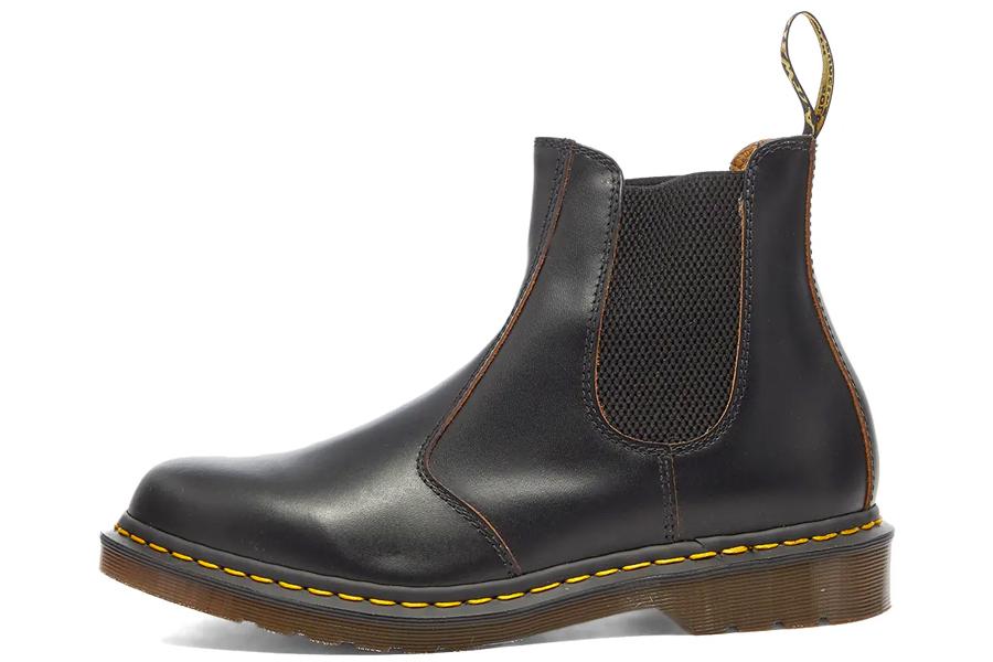 Dr Martens chelsea boots