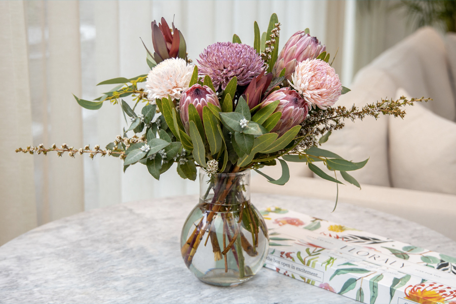 Flower Delivery Services Sydney = Floraly