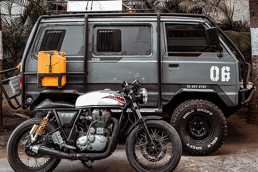Suzuki Omni Battle Van