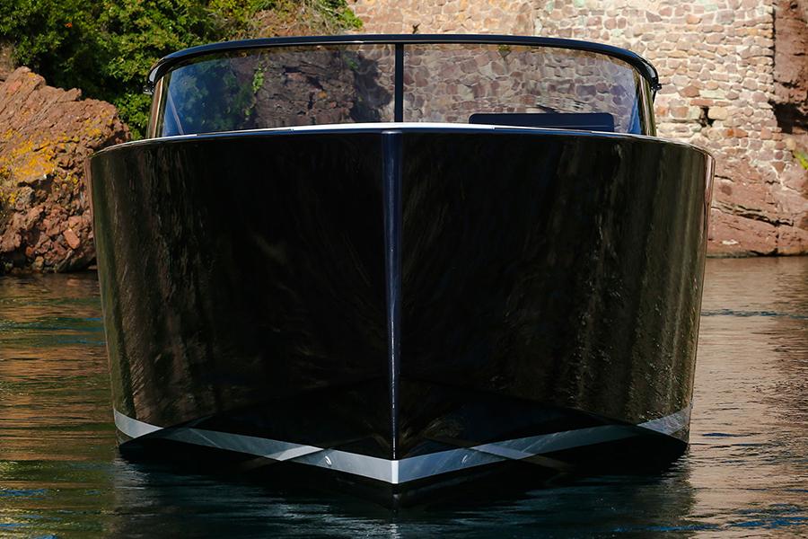Van Dutch 40-2 luxury yatch