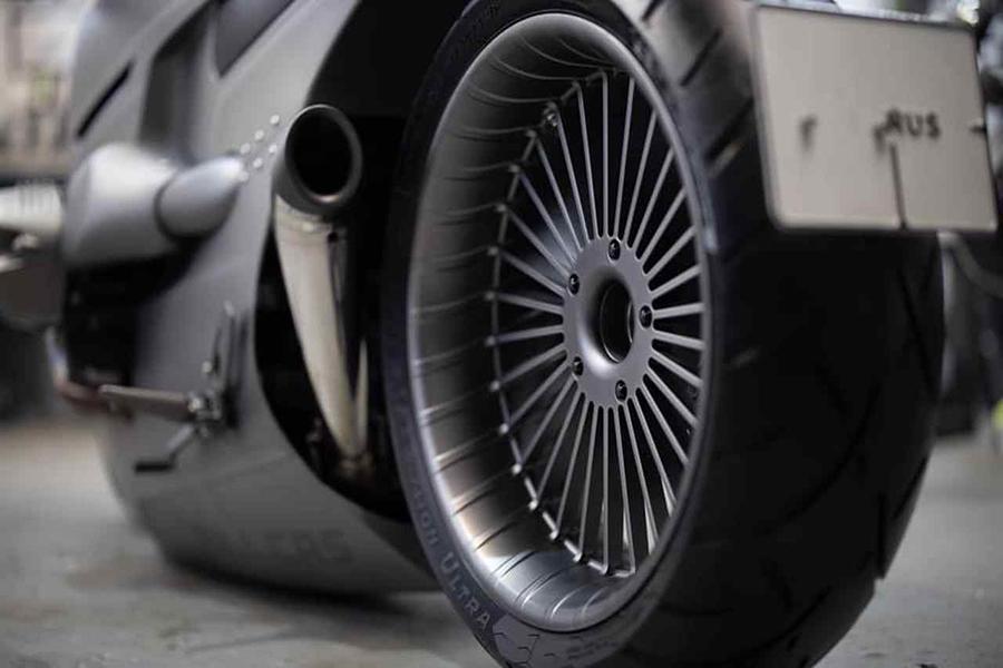 Ziller Garage BMW R9T Motorcycle wheel