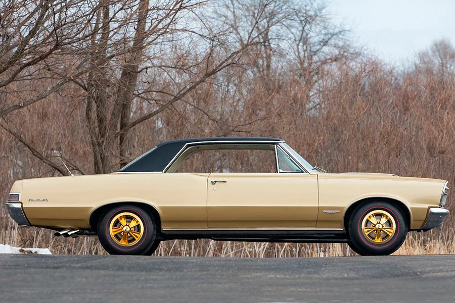 1965 Pontiac Hurst GeeTo Tiger vehicle