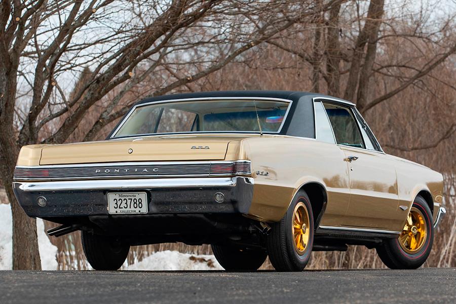 1965 Pontiac Hurst GeeTo Tiger back side view