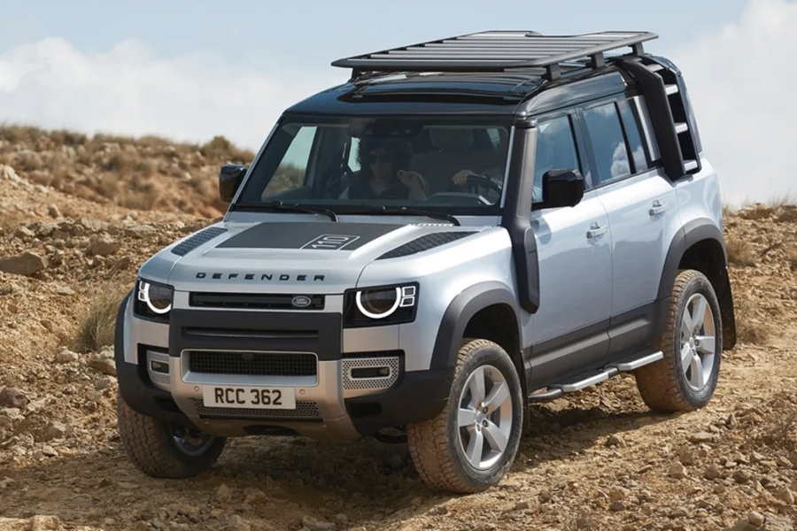 2020 Land Rover Defender's Off-Roading