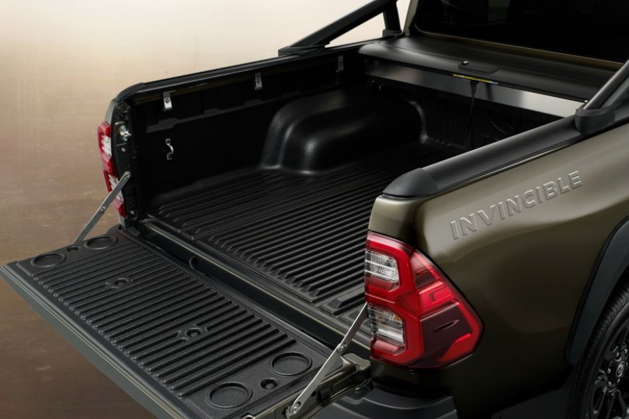 upcoming four wheel drive tray