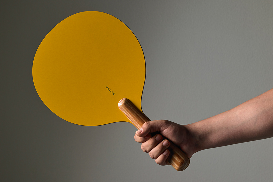 how to hold Avora Ping Pong Paddle