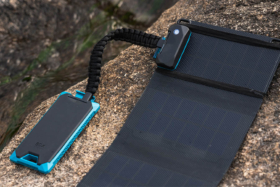 Power bank connected toIoT smart solar charger