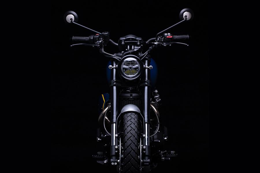 Triumph's 1200 XC front view