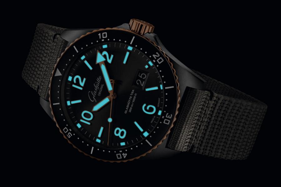 super luminova on the watch