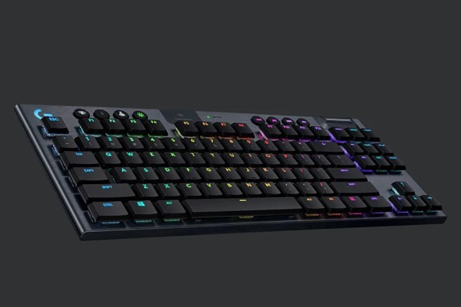 Logitech G915 TKL keyboard