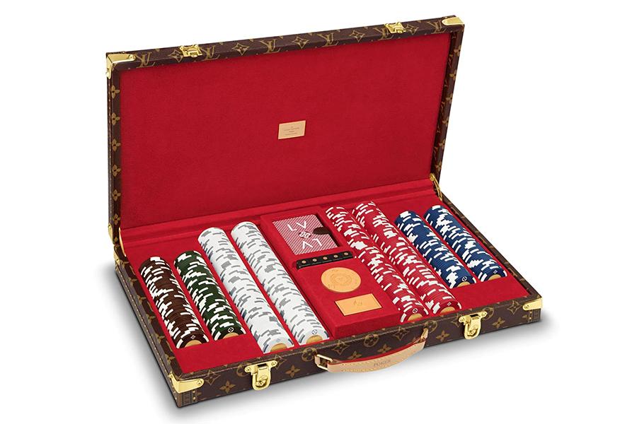 Louis Vuitton Poker Set side view