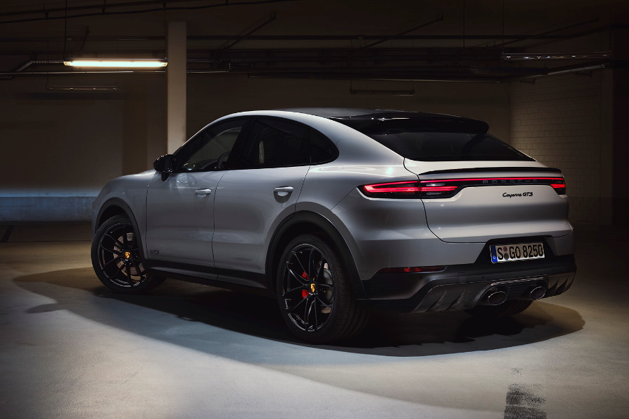 Porsche Cayenne GTS rear view