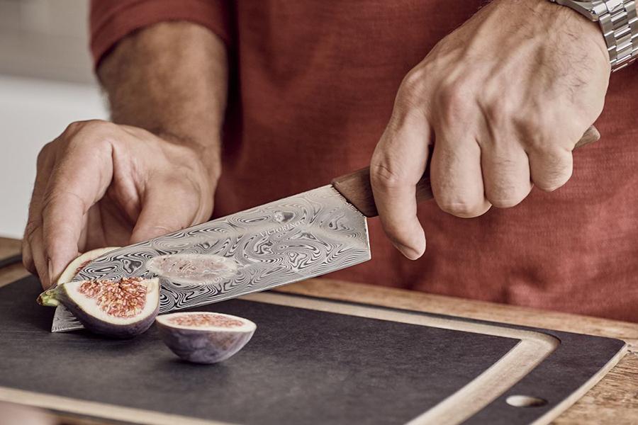 Victorinox Santoku Damast Knife slicing