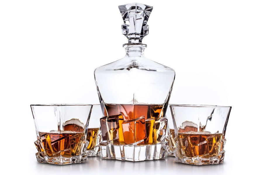Van Daemon Whisky Decanter set