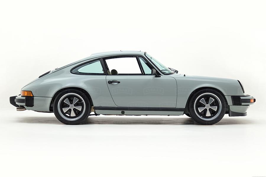 Custom Porsche 911 from Straat vehicle