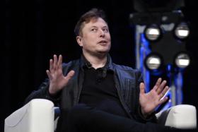 Elon Musk Mickey Rourke Johnny Depp