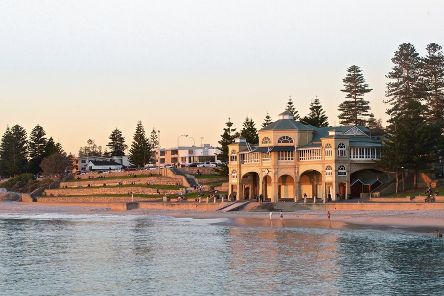 Highest-earning suburbs australia - cottesloe